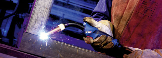 MIG/MAG Welding Torch ABIMIG® GRIP W in action