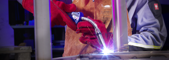 MIG/MAG Welding Torch MB EVO in action