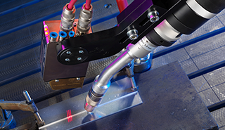 Seam-Tracking-Welding-Robots