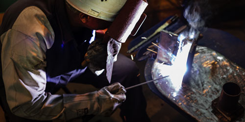 Manual metal arc welding (MMAW)